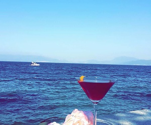 beautiful, cosmopolitan, and relax image