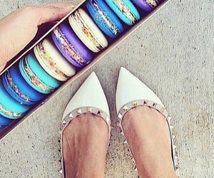 colors and ‎macarons image