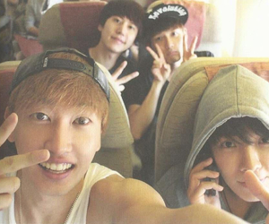 donghae, eunhyuk, and ryeowook image
