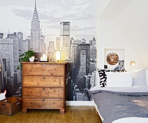 room and home image