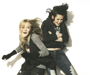 kristen stewart and dakota fanning image