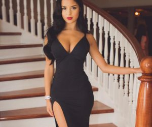 demi rose image