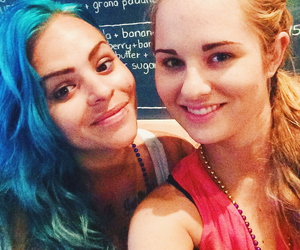 best friend, daydrinking, and blue hair image