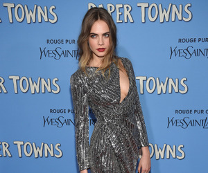 cara delevingne and paper towns image