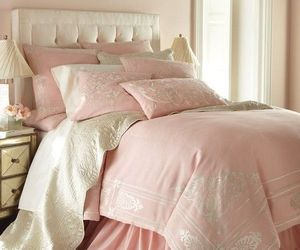 gold, pink, and girly image