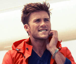 scott eastwood image