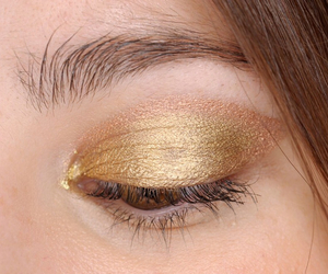 beauty, bronze, and brown eyes image