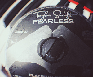 cd, fearless, and Taylor Swift image