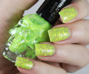 glitter, hot topic, and manicure image
