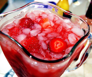 strawberry, drink, and yummy image
