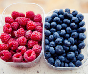 fruit, food, and blueberry image