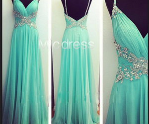 green, summer dresses, and prom dresses image