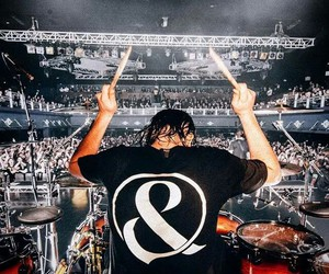 drummer, of mice & men, and of mice&men image