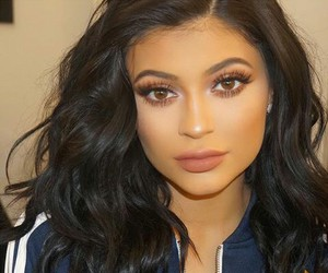 fashion, outfit, and kylie jenner image