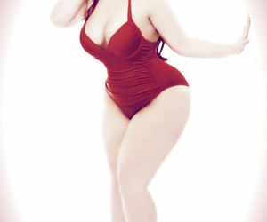 corps, woman, and curves image
