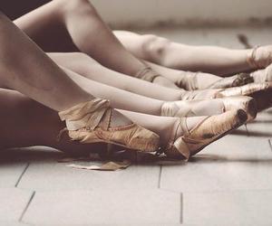 ballerina, pointe, and ballet image