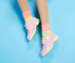 shoes, jelly shoes, and kfashion image