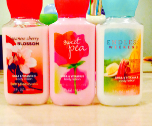 lotion, tumblr, and bath and body works image