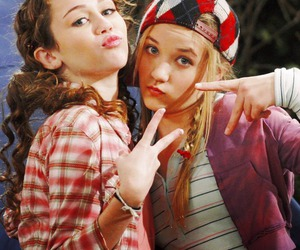 hannah montana, emily osment, and miley cyrus image