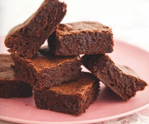 brownies, chocolate, and clothes image