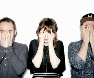 electropop, lauren mayberry, and chvrches image