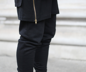 black, outfit, and ootd image