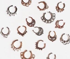 accessories, gold, and grunge image
