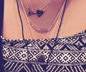 grunge, layered necklace, and hippie image