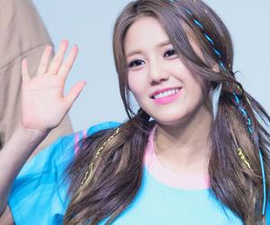 aöä, kpop, and hyejeong image