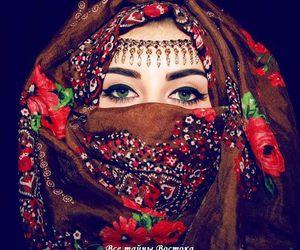 arabic girl, arabic make-up, and magical eyes image