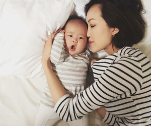 baby, bebe, and bed image