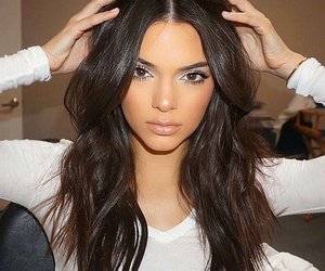 kendall jenner, makeup, and Kendall image