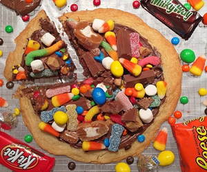 food, kitkat, and candy image