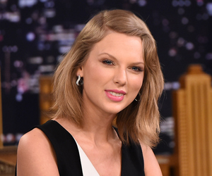 Taylor Swift, blonde, and girl image