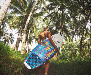 surf and natureza image