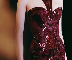 Atelier Versace and fall 2013 couture image