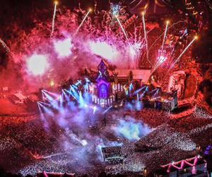 Tomorrowland, dj, and festival image