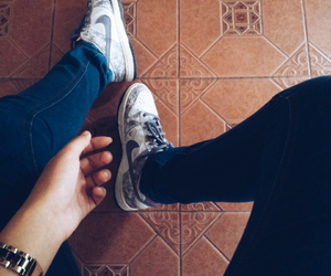 nikeshoes and ootd image