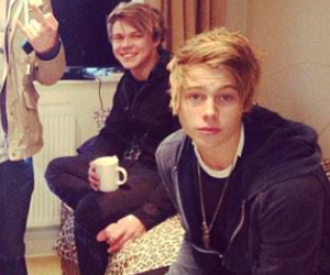 fetus, 5sos, and lashton image