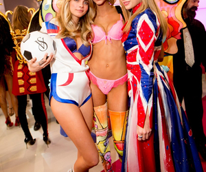 Taylor Swift, Victoria's Secret, and cara delevingne image