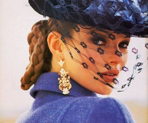 hat and kate moss image