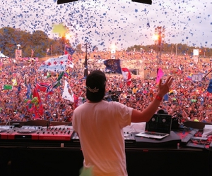 Image by TomorrowWorld