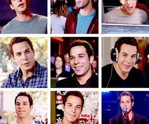 skylar astin and pitch perfect image