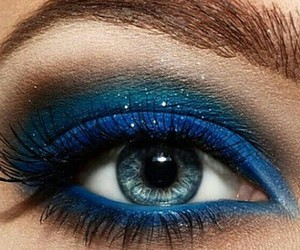 eye shadow, make up, and eyes image