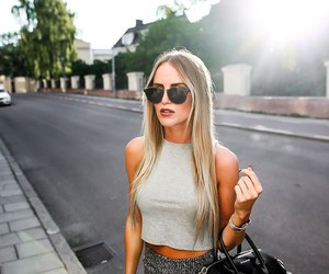 blonde and style image