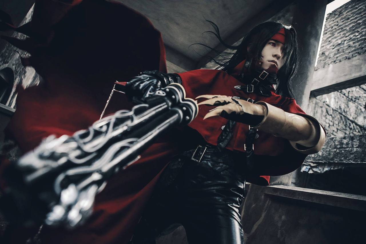 cool cosplayer, final fantasy cosplay, and vincent valentine cosplay image