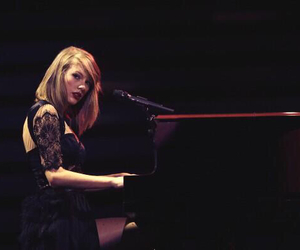 Taylor Swift, piano, and taylor image