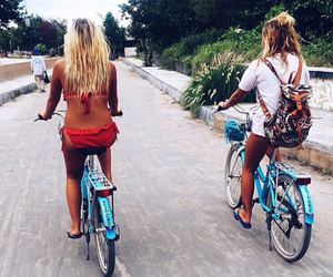 best friends, paradise, and travelling image