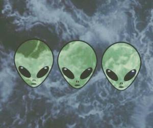 alien, wallpaper, and tumblr image