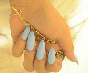 blue and almond nails image